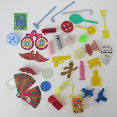 Mixed Lot vtg Cracker Jack Prizes Plastic Paper Spinners Charms Toys 30s car