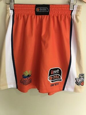 Cairns Taipans Basketball Shorts Size M
