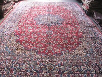 AN INCREDIBLE OLD HANDMADE NAJAF ABAD PERSIAN XL CARPET (500 x 317 cm)