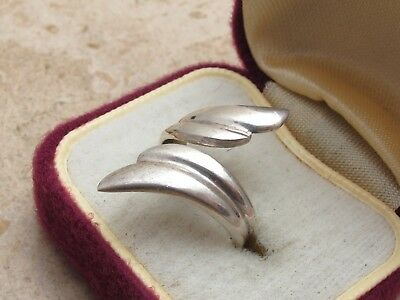 Vintage Sterling Silver 925 Crossover Ring