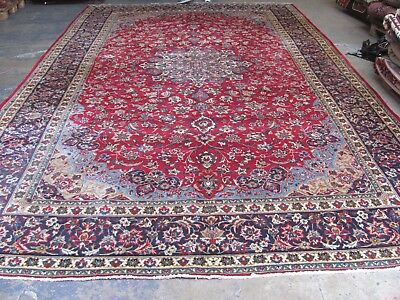 A SPECTACULAR OLD HANDMADE NAJAF ABAD PERSIAN XL CARPET (514 x 314 cm)