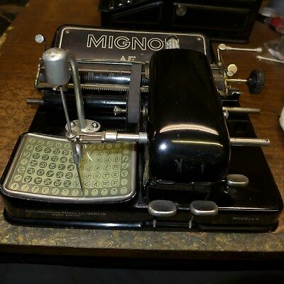 Vintage Single Element Printing Mignon 4 Typewriter With Cursive Element  264982