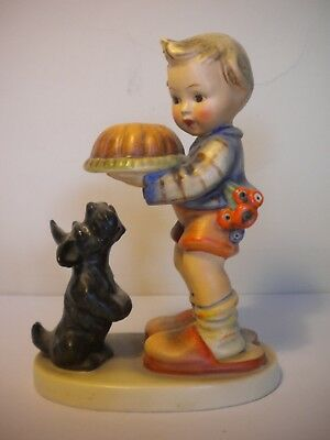 "Vintage Hummel Goebel Figurine 9 ""Begging His Share"" TMK2"