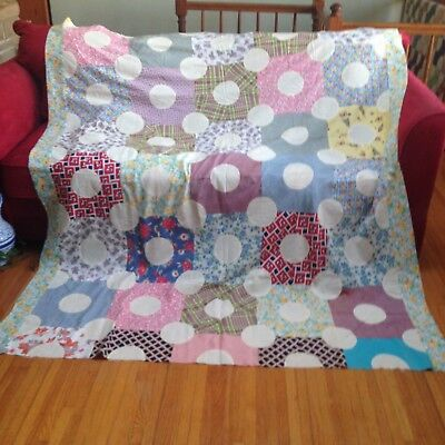"""VINTAGE HAND-PIECED 66"""" x 77"""" QUILT TOP FANTASTIC FEED SACK FABRIC, PRISTINE"""
