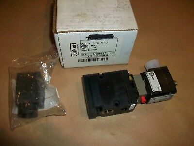 Burkert Pneumatic Solenoid Valve 6518 C 5/16 NM82   24VDC   NEW IN BOX