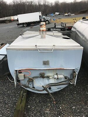 MILKKEEPER Bulk Farm Dairy Cooling Tank RFB 600 Gallons With Compressor Unit