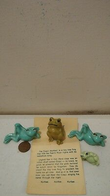LOT of 4 Frog Vintage Collectible Figurines porcelain Miniatures Coqui Japan
