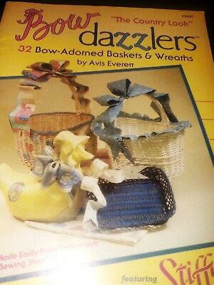"Bow Dazzlers- 32 Bow-Adorned Baskets & Wreaths ""The Country Look"" Stiffy Everett"