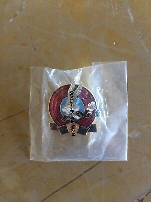 BUGS BUNNY 50th ANNIVERSARY  (1989) Limited Edition Pin, sealed Never Opened