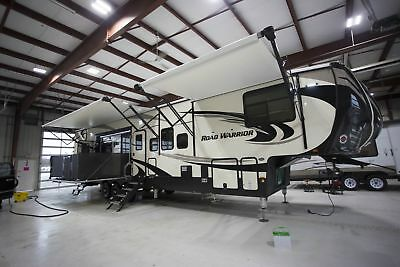 Wholesale Price on a New 2018 Road Warrior RW427 5th Wheel Toy Hauler Camper RV