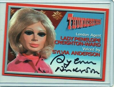 THUNDERBIRDS PERSONNELLEMENT signé - SYLVIA ANDERSON AS LADY PENELOPE (A2 AUTO