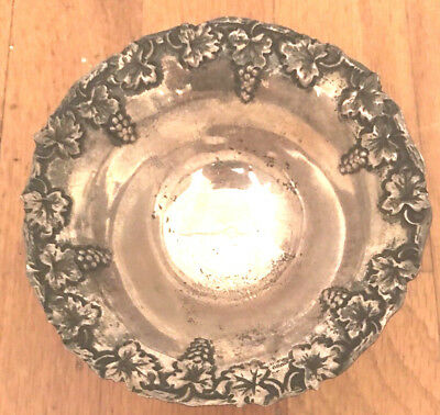 Vintage Sterling Silver 900 Grapes Repousse Decoration Greek Footed Bowl Aohnai