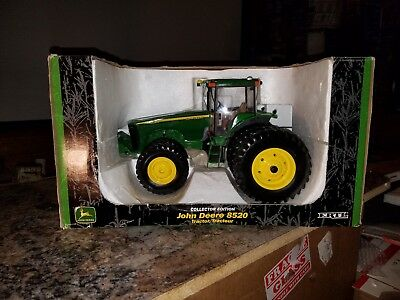 John Deere 8520 collector's edition toy tractor