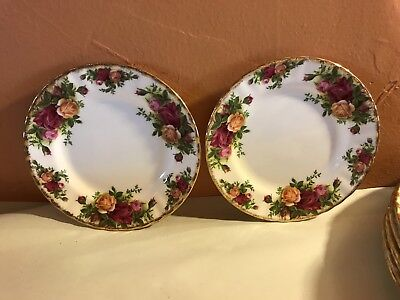 2 pieces Royal Albert OLD COUNTRY ROSES pair of Bread Plates