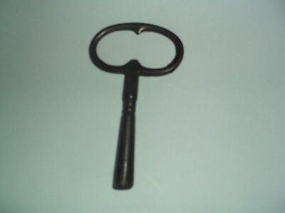 OLD STEEL CLOCK KEY FITS NO 8 ref J3