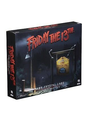"""Friday the 13th - Camp Crystal Lake set accessory pack (7"""" scale) (NECA )"""