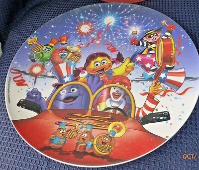 McDonalds 2002 Collectible Party Plates Ronald McDonald Americana Sun Coast