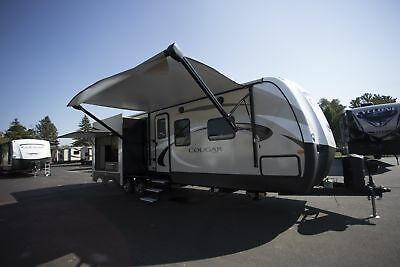 Rv Travel Trailer Cougar Half Ton 33Mls Mid Living Camper