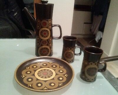 DENBY Arabesque stoneware Coffee Set 2 mugs large coffee pot and cake plate