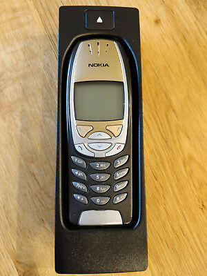 Unlocked Nokia 6310i Mobile Phone with BMW adapter