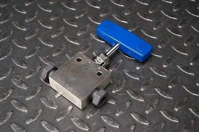 """Parker Autoclave Engineers SW6071-GY Needle Valve, 3/8"""", 316SS"""