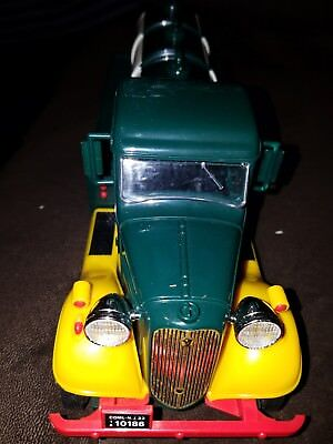 The First Hess Truck Brand New In Box **AMAZING BUY** OLD