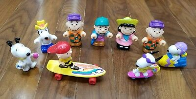 Peanuts Figures Toys Lot of 9 Charlie Brown Snoopy Lucy Linus Easter Baskets