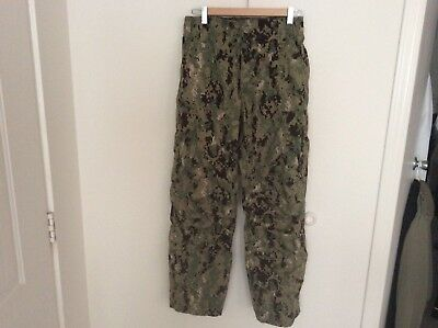 US Navy Nwu Type iii AOR2 Green Digital Trousers Size Small Short