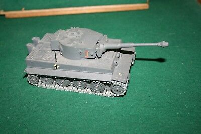 Solido Guss Panzer Char Tigre No 222  12/1969-Made In France-Siehe Fotos