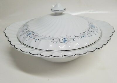 Johnson bros snowhite vegetable dish lid tureen forget me not blue flowers