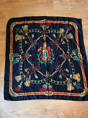 VINTAGE WOMENS SQUARE SCARF NAVY BLUE GOLD RED COAT OF ARMS TASSEL 80s (sc65)