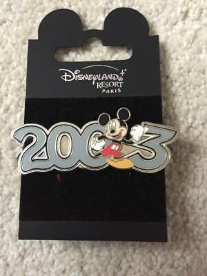 Disneyland Resort Paris Pin Badge - Mickey 2003. Disney