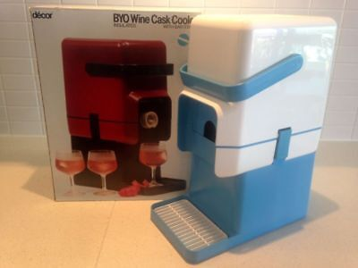 Retro Decor BYO Insulated Wine Cask Cooler with Bar Stand white & blue 1980s BOX