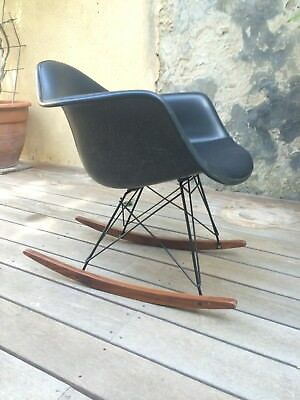 Chaise Rocking chair Charles et Ray EAMES pour HERMAN MILLER -