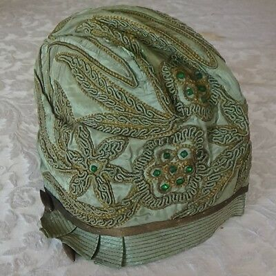 Vintage Embroidered CLOCHE Green 1950s-1960s Fine Condition
