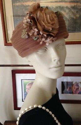 "1950's ""Cathy Original of CA."" Charming Vintage Hat, Vintage Flowers, Lovely Con"