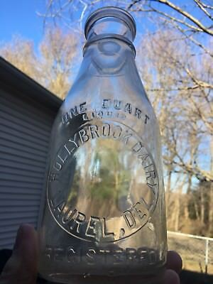 Nice Early Hollybrook Dairy Laurel Delaware Quart Milk Bottle