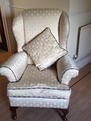 A pair of Early 20th Century upholstered antique armchairs. Crem & blue