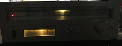 HITACHI FT-340 AM FM Stereo Tuner Silver Face Vintage Used Condition