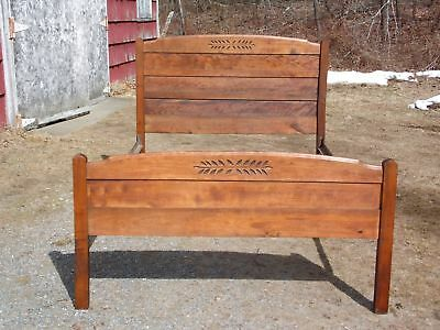 Antique Country Style Victorian Spoon Carved Pine Full Double Bed Frame