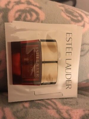 Estee Lauder Nutritious Vitality 8 Radiant Overnight Creme Mask 4.5ml 1.5ml X3