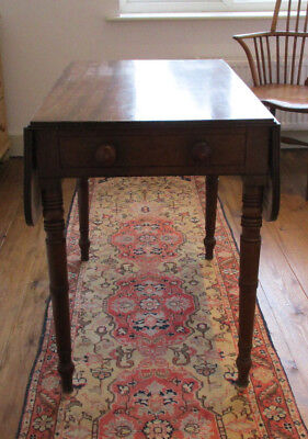 Antique George IV 1820s mahogany pembroke dropleaf table turned legs one drawer