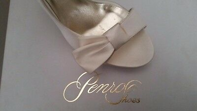 Scarpe da sposa in raso di seta avorio, Made in Italy, Penrose shoes