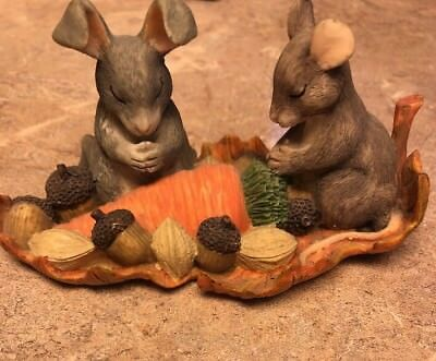 """Charming Tails by Dean Griff """"Giving Thanks"""" Mouse & Bunny Rabbit praying"""