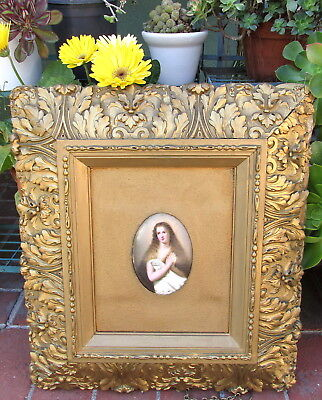 Lovely Antique Miniature Hand Painted Portrait Plaque In Gold Frame