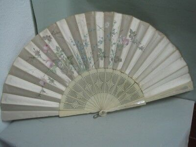 Antique fan in hand-painted silk with mother-of-pearl applications on the outsid