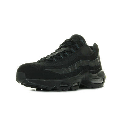 Chaussures Baskets Nike homme Air Max 95 taille Noir Noire Cuir Lacets