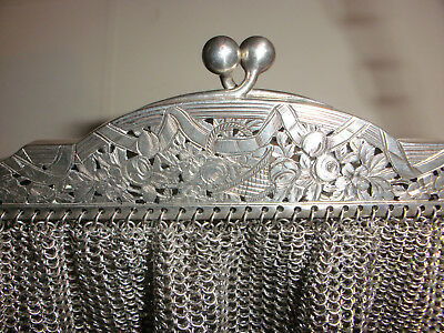Beautiful Antique Sterling Silver Mesh Purse Chased Flowers Decoration French ?