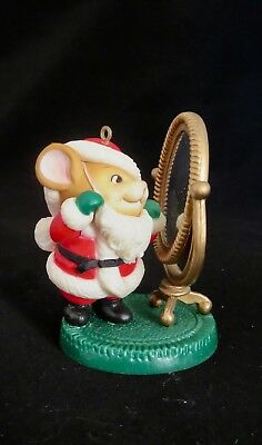 AVON Ornament Melvin P Merrymouse Santa Mouse Looking in Mirror  Vintage 1982