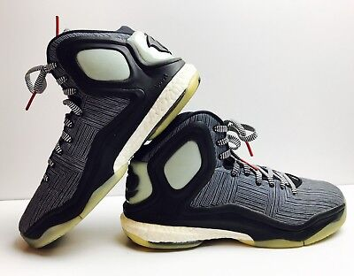online retailer c7ab1 78b62 GLOW IN THE DARK Adidas D Rose 5 Boost Basketball Shoes Size 10.5 Black  White
